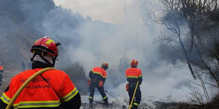 Endine – secondo incendio doloso in due giorni, è caccia al piromane