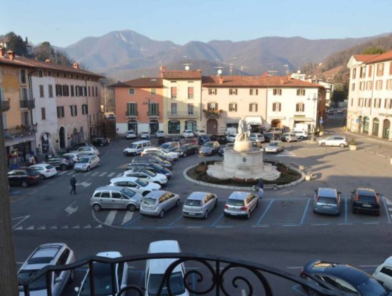 Trescore: Nel fine settimana parcheggi gratis per aiutare i negozi del centro