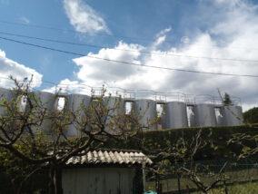 Spinone: Alle Fonti arrivano i silos, i vicini protestano e chiedono un incontro al sindaco